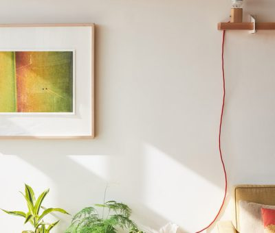 6 stylish and surprising ways to decorate a blank wall